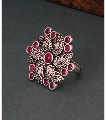 Red Stone Studded Alluring Adjustable Ring