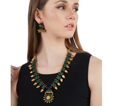 Hand Crafted Tribal Look Terracotta Set - Golden and Green