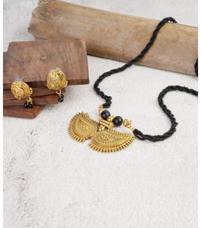 Antique Golden Oxidized Paseli Mangal sutra Pendant With Stud Earrings