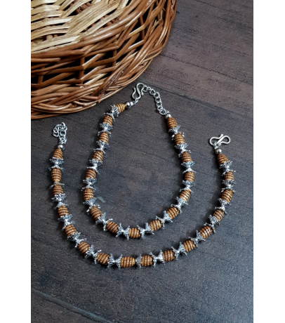 Engaging Oxidized Brown Oval Beads Anklets