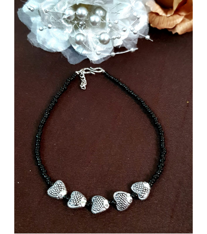 Hearty Fish Charm Single Black Beaded Anklets