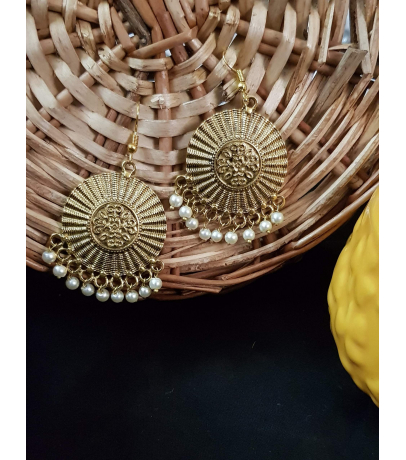 Lassie Oxidized Golden Earrings With White Beads