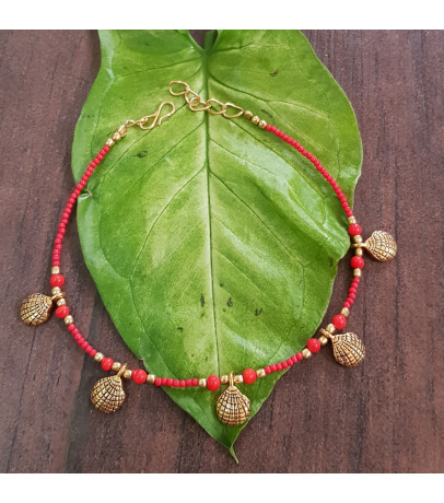 Oxidized Golden Shell Design Red Single Anklets
